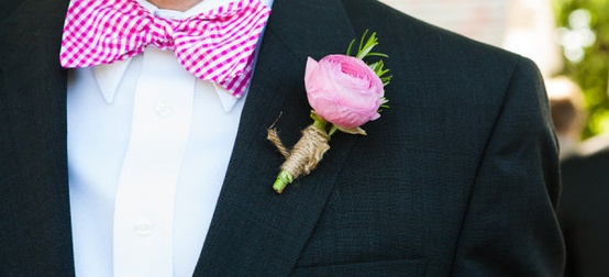 boutonnieres-for-the-boys