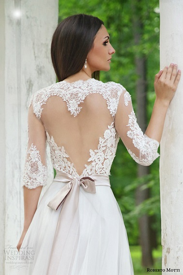 roberto-motti-melissa-wedding-dress-illusion-neckline-half-sleeve-heart-shaped-back-close-up