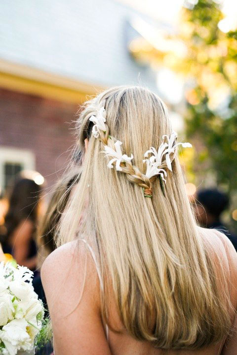 wedding-hairstyle-braids-flowers